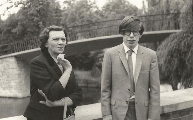 12 ciekawostek o wybitnym umyśle i ekscentrycznej osobowości Stephena Hawkinga