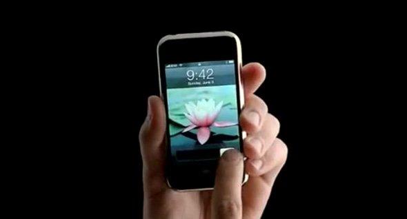 Dlaczego na wszystkich nowo zakupionych produktach Apple widnieje godzina 9:41?