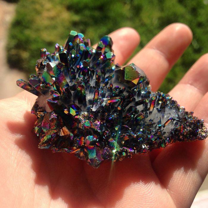 25 przepięknych kamieni i minerałów. Każdy z nich wygląda wręcz bajecznie!