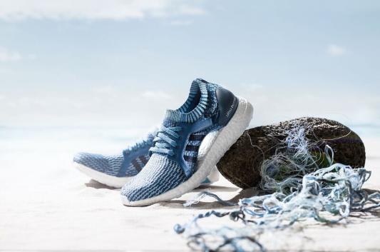Nosisz buty i ubrania Adidas? Prawdopodobnie zostały zrobione ze śmieci