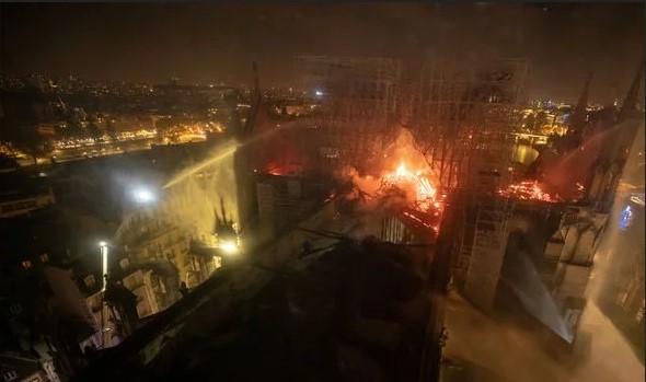 3 lata temu ostrzegał przed pożarem, teraz uważa, że katedra Notre Dame może się zawalić