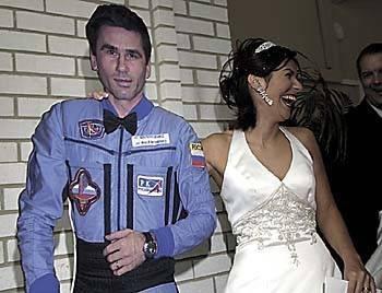 To był pierwszy ślub w kosmosie. Pan młody znajdował się na pokładzie Międzynarodowej Stacji Kosmicznej