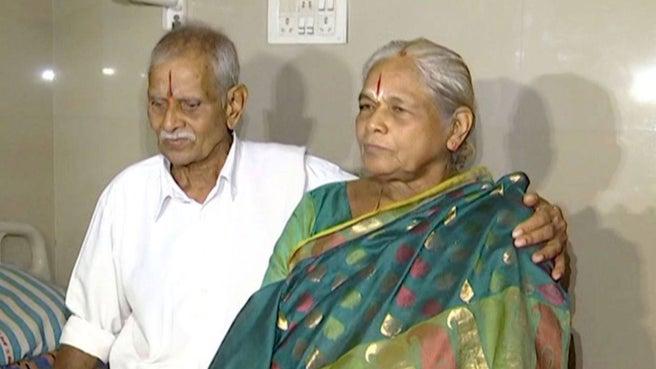 74-latka wydała na świat bliźnięta. To najstarsza zarejestrowana kobieta, która urodziła dziecko