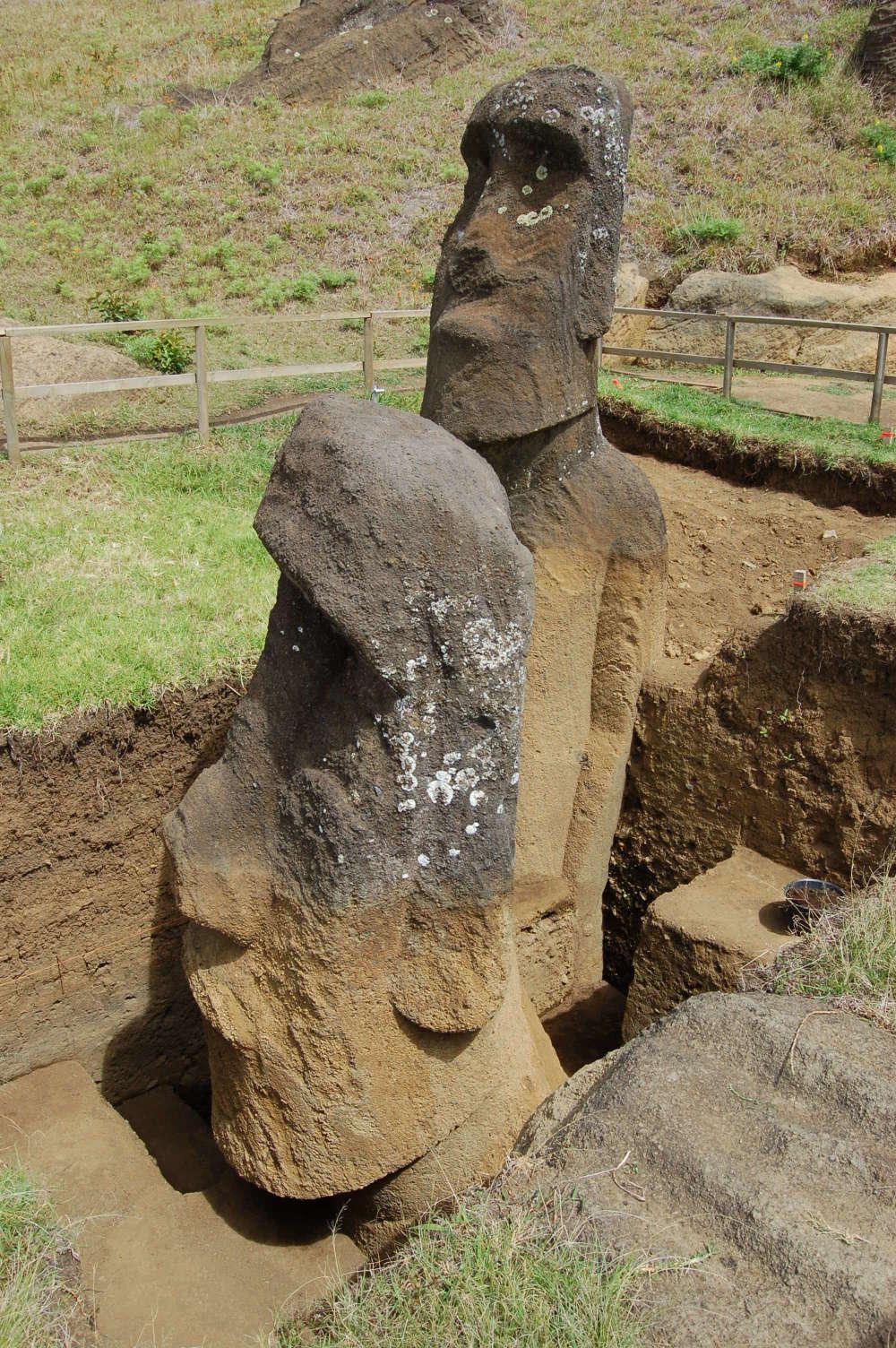 Nowe odkrycie może wyjaśniać, po co powstały gigantyczne posągi Rapa Nui na Wyspie Wielkanocnej