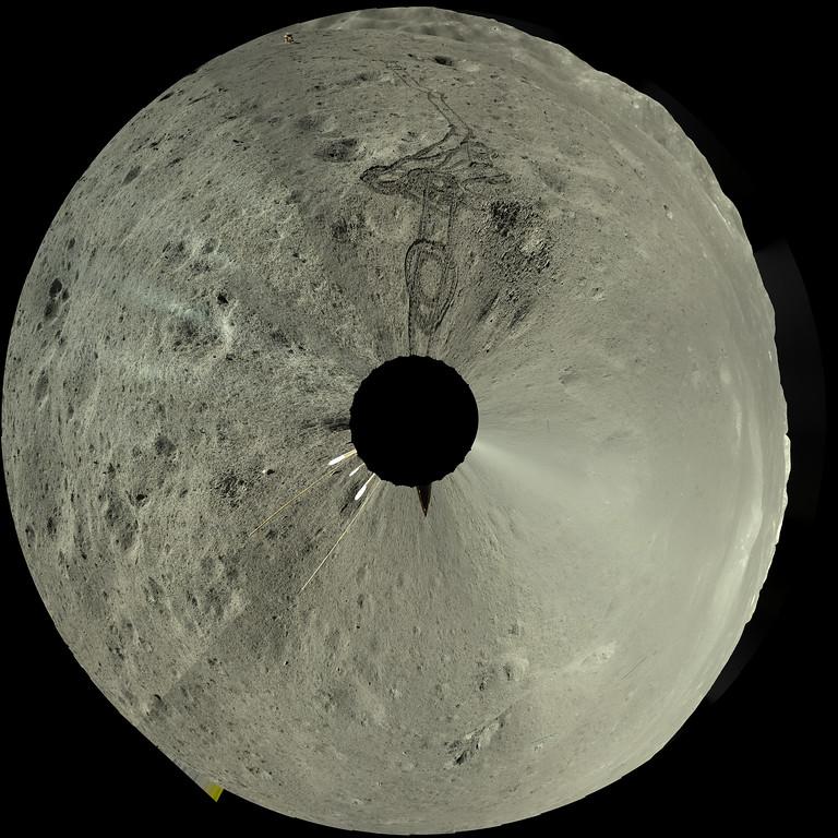 Właśnie pojawiły się najnowsze zdjęcia z misji Chang'e 4 na niewidocznej stronie Księżyca