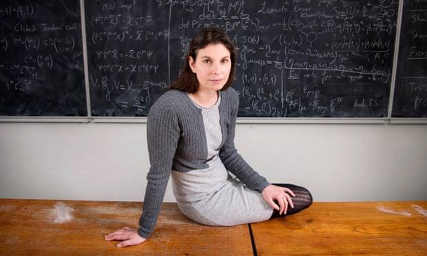 Nowa teoria Claudii de Rham mogłaby rozwiązać jeden z największych paradoksów wszechświata