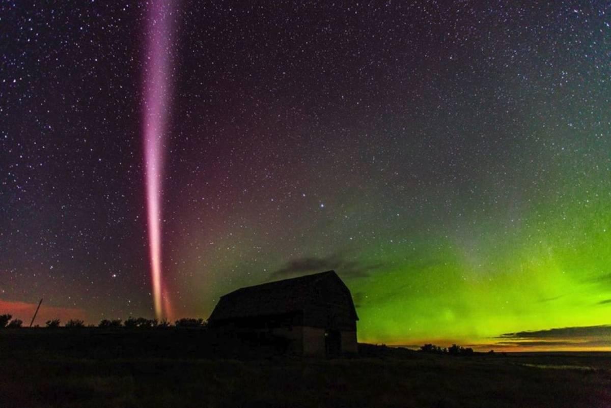 Dane satelitarne i amatorskie fotografie pomogły odkryć zagadkę zjawiska atmosferycznego Steve