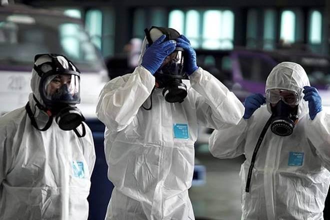 Badania szacują, że ponad 75000 osób może być zarażone koronawirusem. Epidemia nabiera tempa