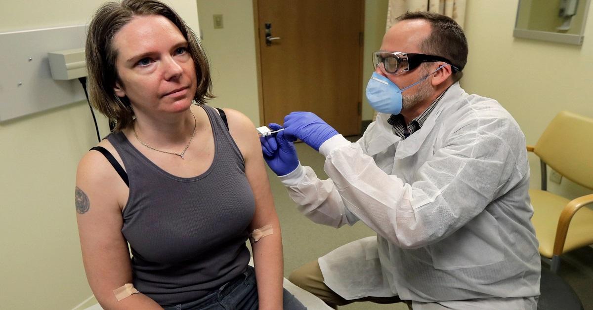Szczepionka na COVID-19 po raz pierwszy została przetestowana na ludziach w badaniu klinicznym