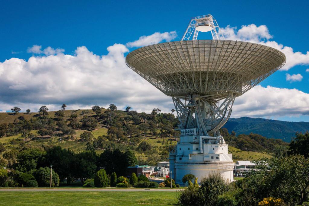 Zupełnie sam w kosmosie, międzygwiezdny statek Voyager 2 wkrótce straci kontakt z Ziemią