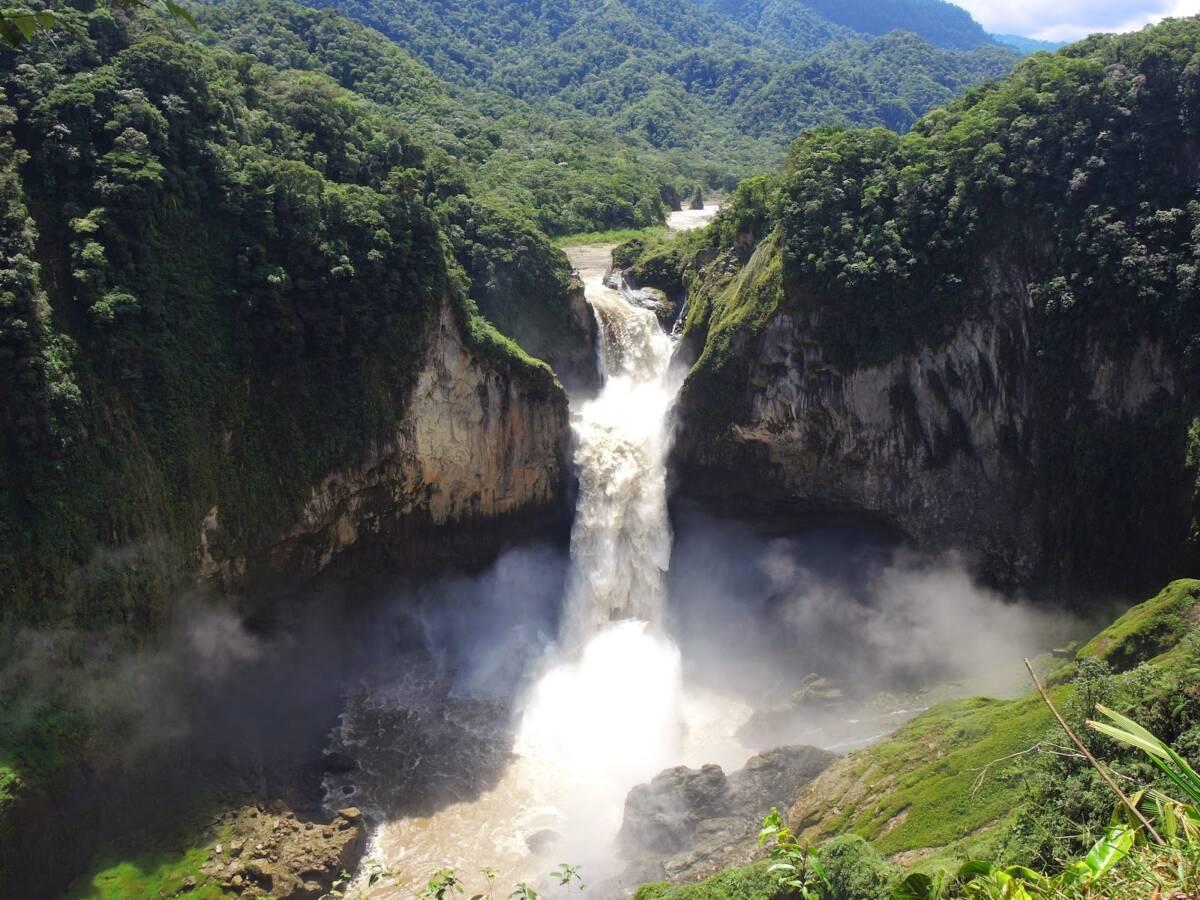 najwyższy wodospad w Ekwadorze