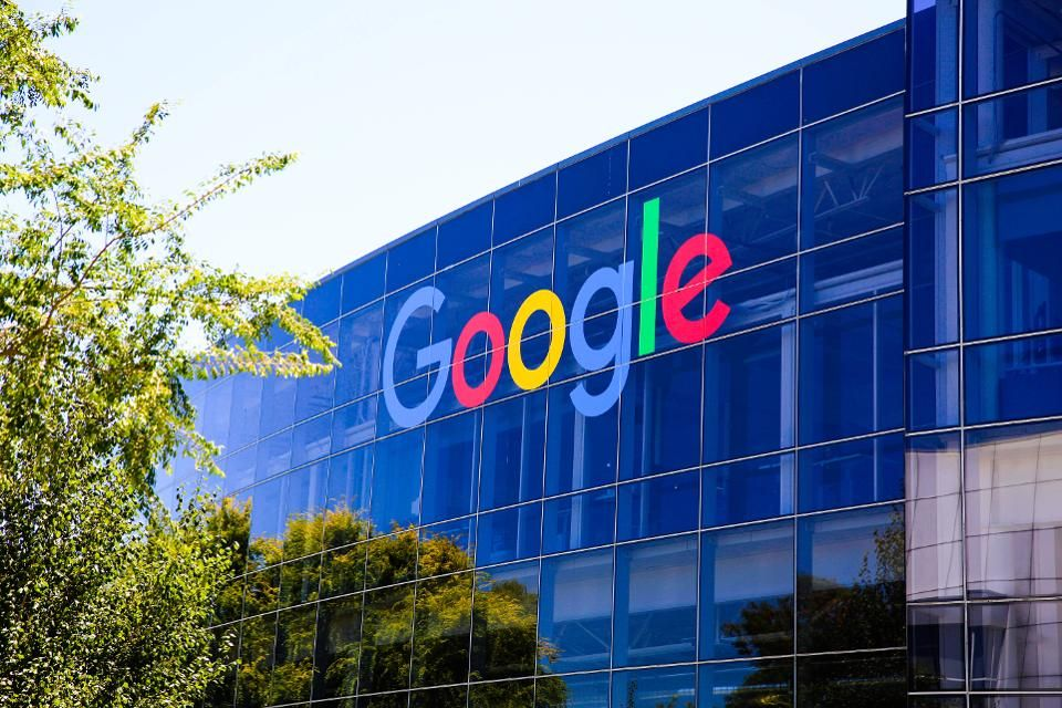Pracownicy Google będą pracować zdalnie do 2021 roku. Miliony firm decyduje się na podobny krok
