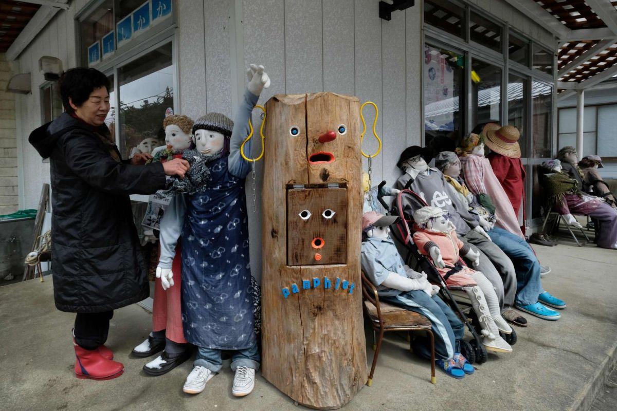 Nagoro to opuszczone miasto, w którym zmarłych zastępują lalki naturalnej wielkości