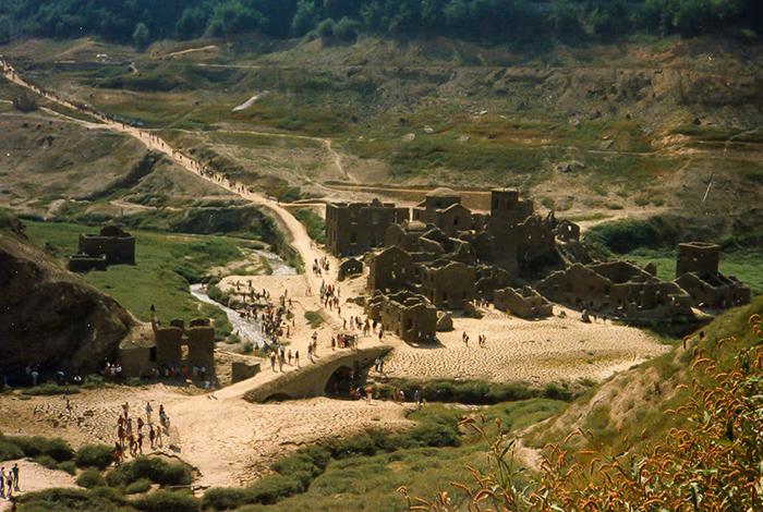 Średniowieczna wioska-duchów we Włoszech wkrótce może ponownie pojawić się na powierzchni