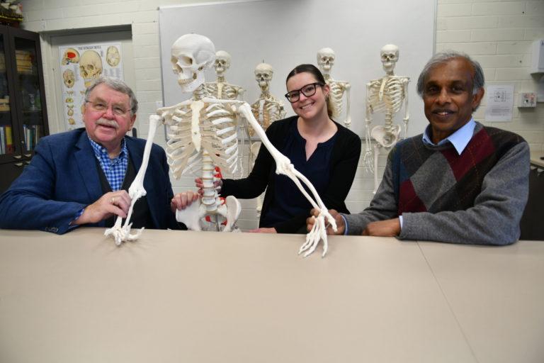 Anatomiczny szczegół w naszym przedramieniu udowadnia, że ewolucja ludzi nadal trwa