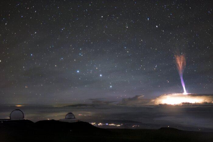 Zapierające dech w piersiach zdjęcie dwóch rzadkich zjawisk na niebie