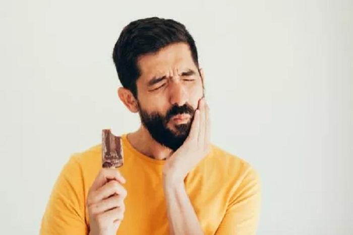 Wreszcie wiemy, dlaczego spożywanie zimnych napojów wywołuje potworny ból zębów