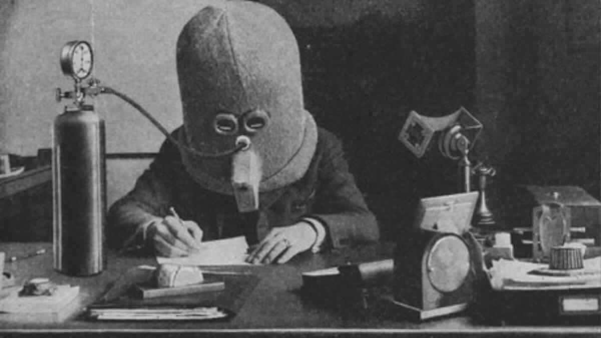 W 1925 roku zadebiutował Izolator. Miał poprawiać koncentrację i eliminować rozproszenie