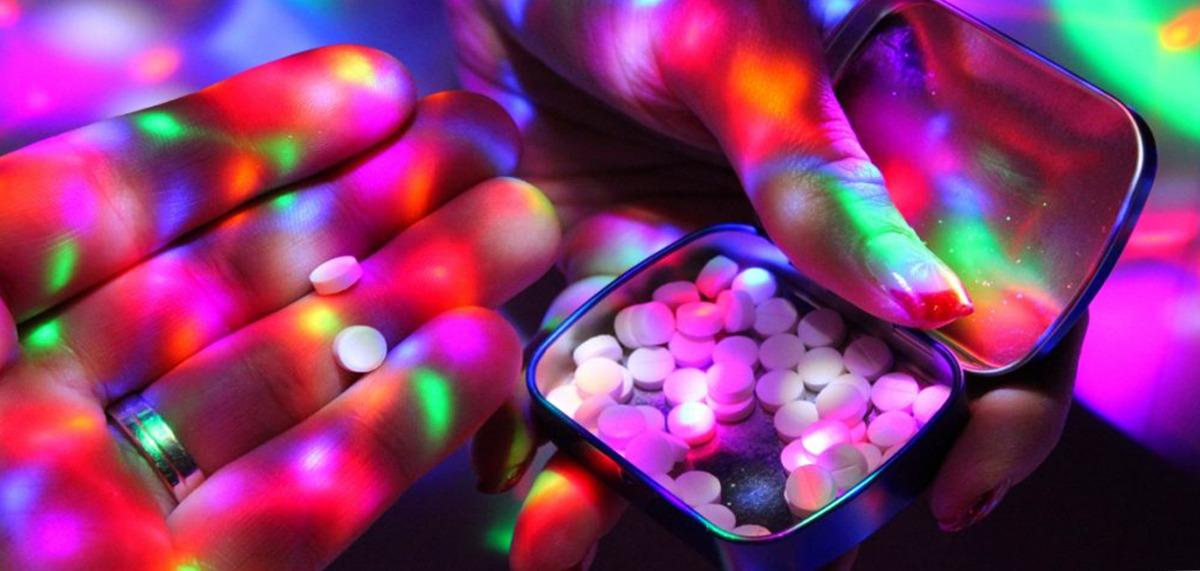 Pewien mężczyzna przyjął ponad 40000 tabletek ecstasy w ciągu dziewięciu lat