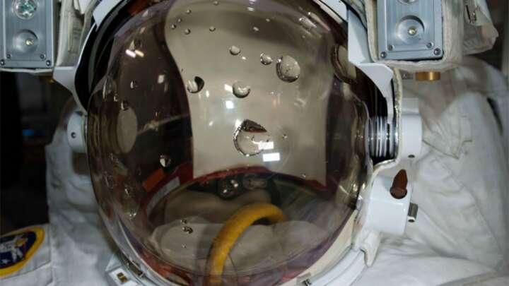 Luca Parmitano to astronauta, który prawie utonął w kosmosie podczas spaceru