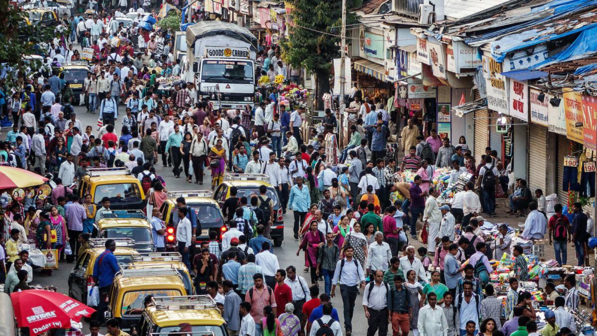 Indie walczą z przeludnieniem. Kraj planuje wprowadzenie dobrowolnej sterylizacji i ulg podatkowych