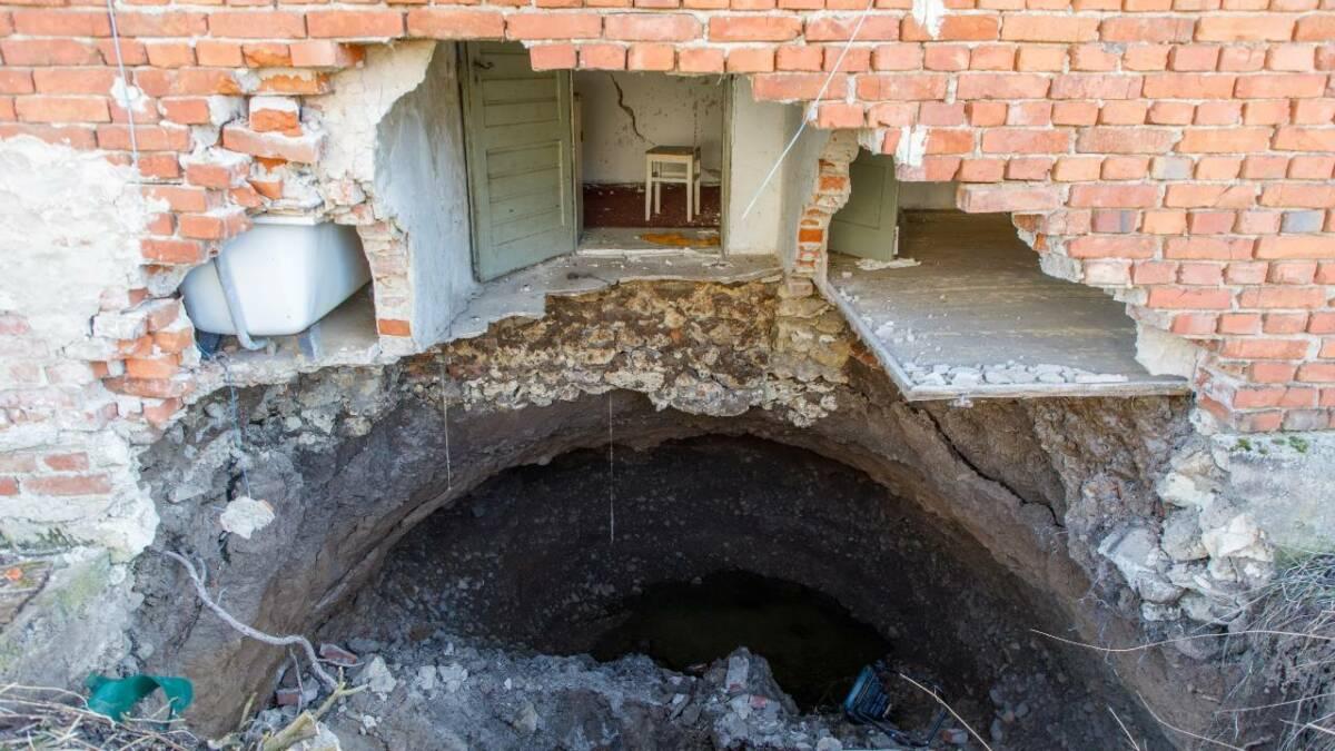 100 gigantycznych dziur w ziemi pojawiło się w dwóch chorwackich wioskach